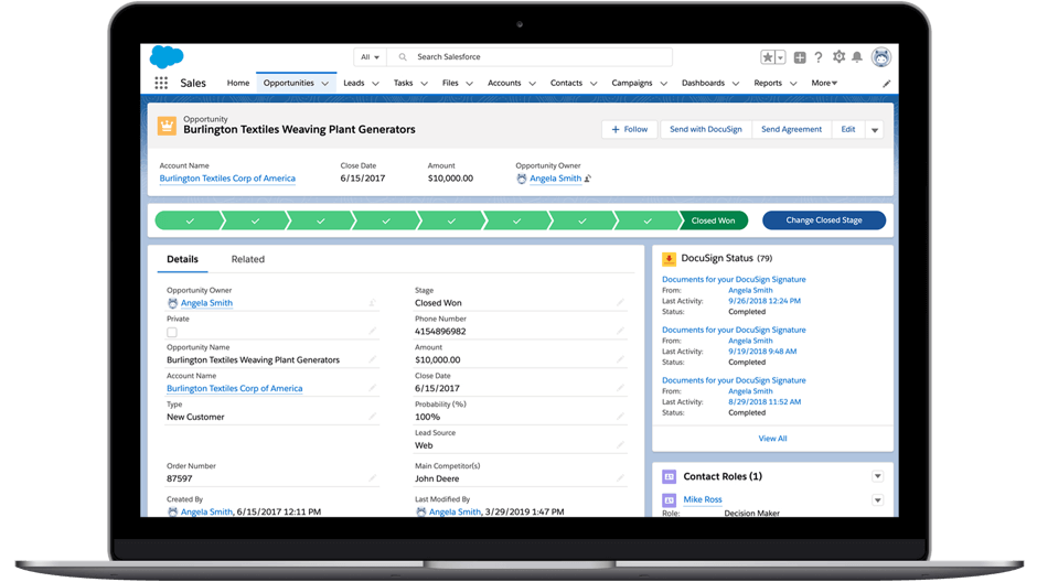 Un ordinateur portable montrant le tableau de bord de Salesforce.